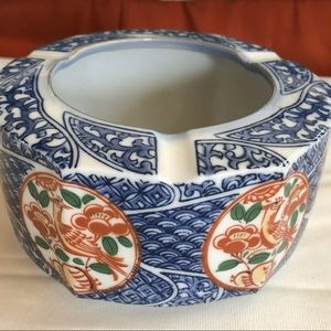 Blue, White, Red Imari Cigar Ashtray
